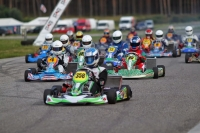 Pro-Kart enters the finish line